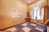 трех 3 комнатная квартира посуточно в Санкт-Петербурге, аренда без посредник, Суворовский проспект 6, центр СПб